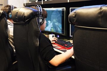 Hàn Quốc dỡ bỏ lệnh cấm game với trẻ em