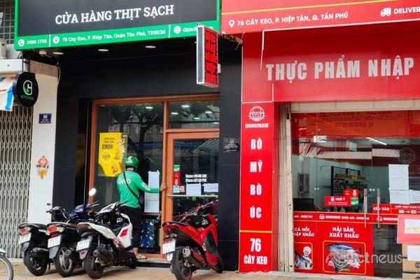Dân Sài Gòn loay hoay đặt thực phẩm online