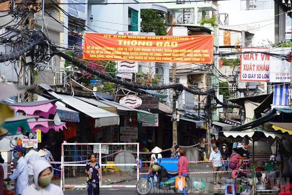 Đưa tiểu thương, chợ dân sinh lên sàn thương mại điện tử