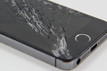 Đức đề xuất Apple phải lưu trữ linh kiện sửa chữa cho iPhone trong 7 năm