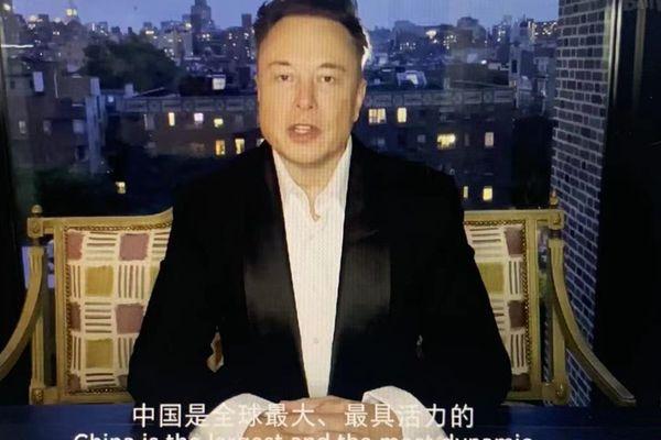 Elon Musk khen các hãng xe Trung Quốc