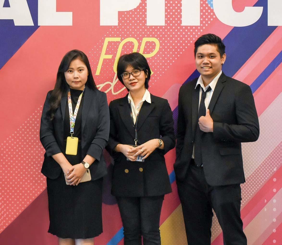 Nhóm sinh viên tạo Cổng điện tử đưa nông sản Việt ra thị trường quốc tế