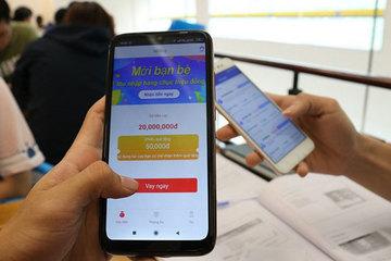 Dồn dập cuộc gọi, tin nhắn chào mời vay tiền từ công ty tài chính, app cho vay