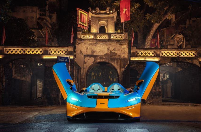 Siêu xe không kính chắn gió McLaren Elva đến Việt Nam