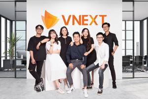 """VNEXT HOLDINGS nhận giải """"Top 10 doanh nghiệp ICT Việt Nam 2021"""""""