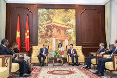 'Con đường tự chủ công nghệ đưa Việt Nam thành công vượt tầm khu vực'