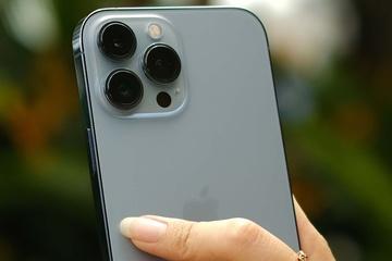 Tin lời khách hàng, chủ tiệm bị lừa mất iPhone 13 Pro Max