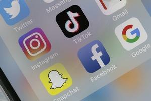 Instagram ngày càng nhạt nhẽo trong mắt người trẻ