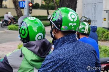 Người Sài Gòn ngóng xe ôm công nghệ hoạt động trở lại