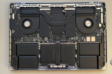 'Mổ bụng' nhanh MacBook Pro 14-inch và 16-inch